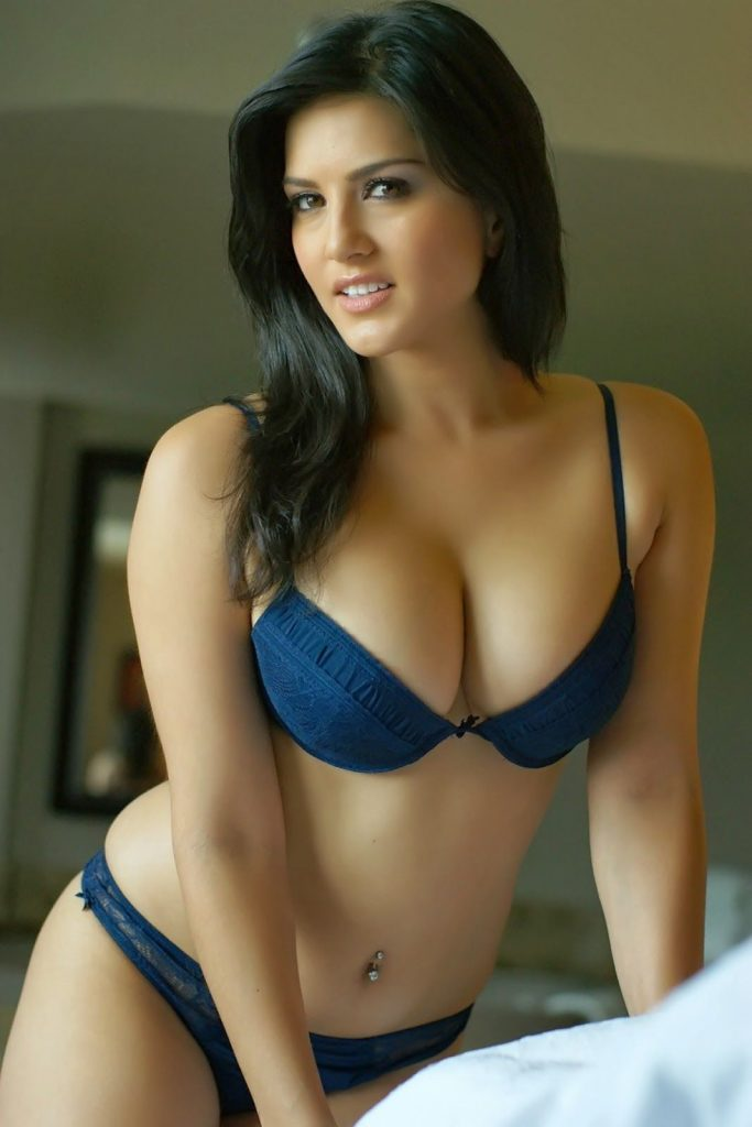 Sunny Leone ki hot and sexy pictures ka collection
