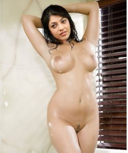 Kajal Aggarwal hot naked photos