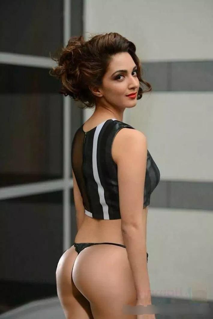 kiara advani sexy ass