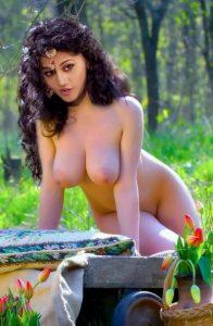 Taapsee Pannu XXX nude chudai pics