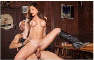 Urvashi Rautela XXX nude sex pics